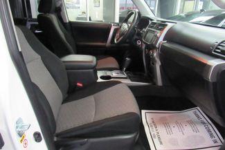 2016 Toyota 4Runner SR5 W/ NAVIGATION SYSTEM/ BACK UP CAM Chicago, Illinois 13