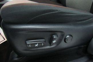 2016 Toyota 4Runner SR5 W/ NAVIGATION SYSTEM/ BACK UP CAM Chicago, Illinois 24