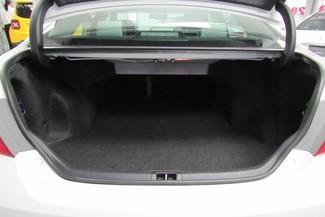 2016 Toyota Camry SE W/ BACK UP CAM Chicago, Illinois 8