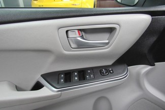 2016 Toyota Camry SE W/ BACK UP CAM Chicago, Illinois 23
