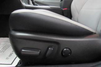 2016 Toyota Camry SE W/ BACK UP CAM Chicago, Illinois 25