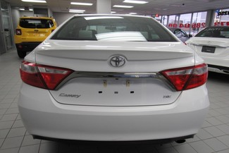 2016 Toyota Camry SE W/ BACK UP CAM Chicago, Illinois 7