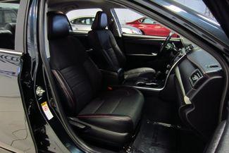 2016 Toyota Camry SE Doral (Miami Area), Florida 19