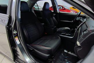 2016 Toyota Camry SE Doral (Miami Area), Florida 21
