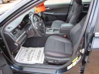 2016 Toyota Camry SE Houston, Mississippi 6