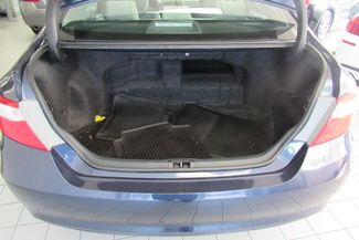 2016 Toyota Camry Hybrid LE W/ BACK UP CAM Chicago, Illinois 4