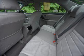 2016 Toyota Camry Hybrid LE Naugatuck, Connecticut 14