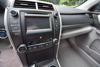 2016 Toyota Camry Hybrid LE Naugatuck, Connecticut 21