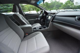 2016 Toyota Camry Hybrid LE Naugatuck, Connecticut 8