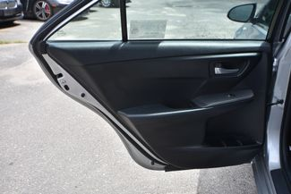 2016 Toyota Camry Hybrid LE Naugatuck, Connecticut 12