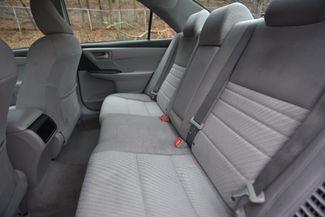 2016 Toyota Camry Hybrid LE Naugatuck, Connecticut 10
