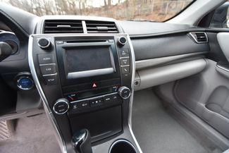 2016 Toyota Camry Hybrid LE Naugatuck, Connecticut 18