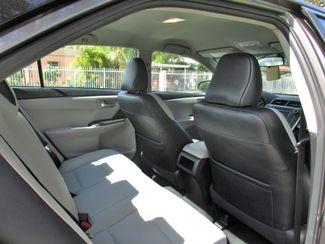 2016 Toyota Camry XLE Miami, Florida 10