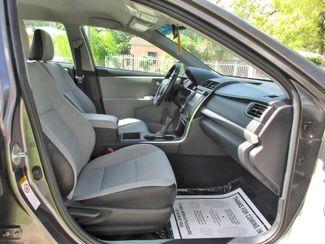 2016 Toyota Camry XLE Miami, Florida 12