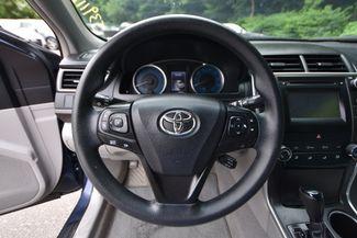 2016 Toyota Camry LE Naugatuck, Connecticut 17