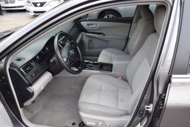 2016 Toyota Camry LE Richmond Hill, New York 6
