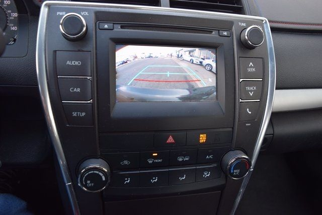 2016 Toyota Camry SE Richmond Hill, New York 16