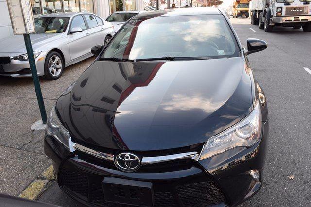 2016 Toyota Camry SE Richmond Hill, New York 2