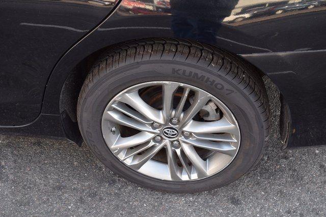 2016 Toyota Camry SE Richmond Hill, New York 4