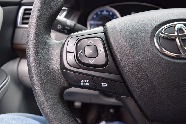 2016 Toyota Camry Richmond Hill, New York 33