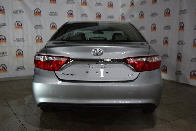 2016 Toyota Camry Richmond Hill, New York 5