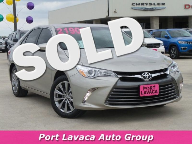 2016 Toyota Camry XLE   Texas  Victoria Certified  in , Texas