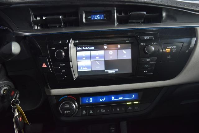 2016 Toyota Corolla 4dr Sdn CVT LE Richmond Hill, New York 18