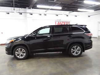 2016 Toyota Highlander LE Plus V6 Little Rock, Arkansas 3