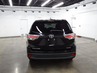 2016 Toyota Highlander LE Plus V6 Little Rock, Arkansas 5