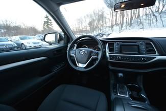 2016 Toyota Highlander LE Naugatuck, Connecticut 15