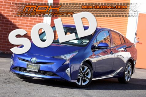 2016 Toyota Prius Four Touring - Leather - Navigation in Los Angeles