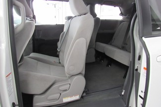 2016 Toyota Sienna LE W/ BACK UP CAM Chicago, Illinois 38