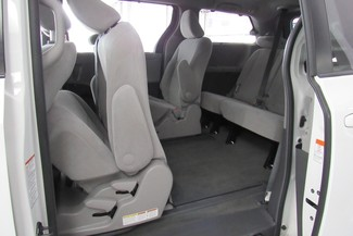 2016 Toyota Sienna LE W/ BACK UP CAM Chicago, Illinois 39