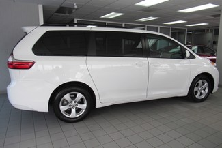 2016 Toyota Sienna LE W/ BACK UP CAM Chicago, Illinois 11