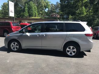 2016 Toyota Sienna LE  Handicap Wheelchair accessible van Dallas, Georgia 8