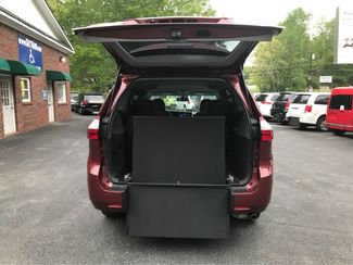 2016 Toyota Sienna LE  Handicap Wheelchair accessible Dallas, Georgia 1