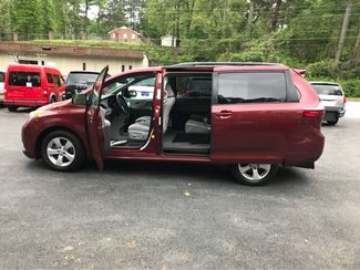 2016 Toyota Sienna LE  Handicap Wheelchair accessible Dallas, Georgia 7