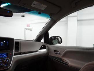 2016 Toyota Sienna LE Little Rock, Arkansas 10