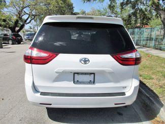 2016 Toyota Sienna LE AAS Miami, Florida 3