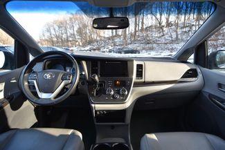 2016 Toyota Sienna XLE Naugatuck, Connecticut 17