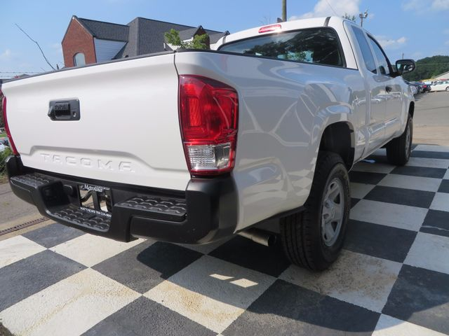 2016 Toyota Tacoma SR Charlotte-Matthews, North Carolina 21