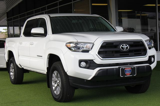 2016 Toyota Tacoma SR5 Double Cab 4x4 - SR5 APPEARANCE PKG! Mooresville , NC 25