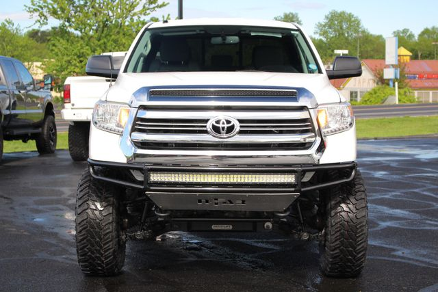 2016 Toyota Tundra SR5 Double Cab 4WD - LIFTED - UPGRADE PKG! Mooresville , NC 14