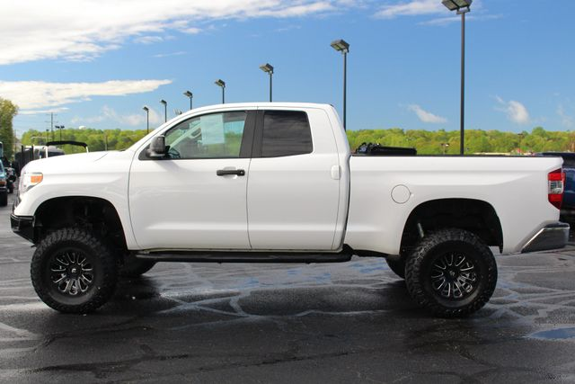 2016 Toyota Tundra SR5 Double Cab 4WD - LIFTED - UPGRADE PKG! Mooresville , NC 13