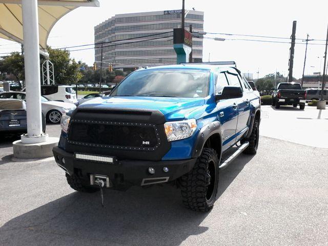 2016 Toyota Tundra CREW MAX San Antonio, Texas 1