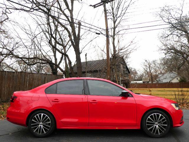 2016 Volkswagen Jetta 1.8T Sport Leesburg, Virginia 4