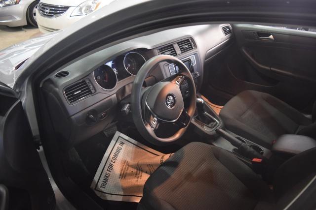 2016 Volkswagen Jetta 1.4T S Richmond Hill, New York 5