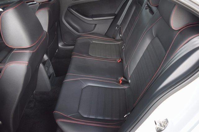 2016 Volkswagen Jetta 2.0T GLI SEL Richmond Hill, New York 8