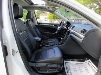 2016 Volkswagen Passat 1.8T SE Miami, Florida 10