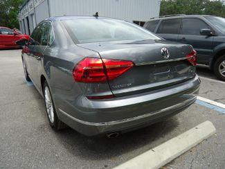 2016 Volkswagen Passat SE. SUNRF. LTHR. CAM. HTD SEATS. APPLE CARPLA SEFFNER, Florida 10